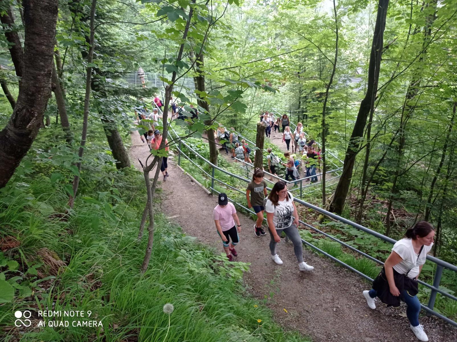 2021.06.23-Pielgrzymka-dziekczynna-po-uroczystosci-Pierwszej-Komunii-Swietej_6
